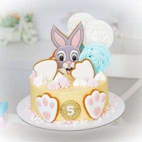 """Торт """"Пряничный зайка"""""""