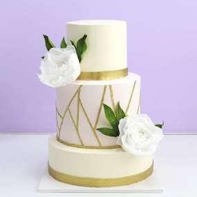 Торт свадебный с пионами