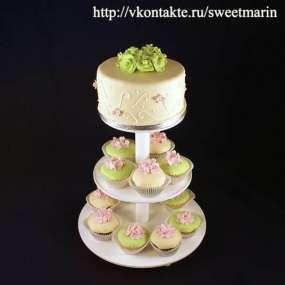 "Торт ""Салатовые цветы"""