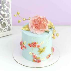 Торт с пионами голубой