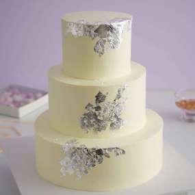 Трехъярусный серебряный торт