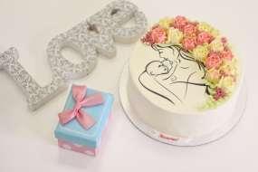 """Торт на День матери """" С кремовыми цветами"""""""