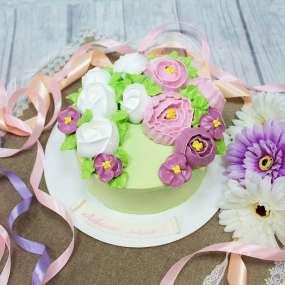 """Торт """"С кремовыми цветами"""""""
