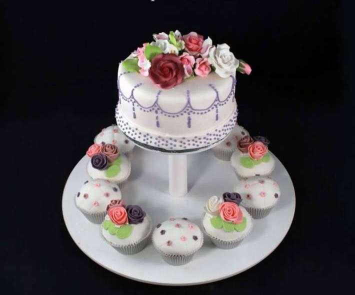 """Торт """"Маленькие розы"""""""