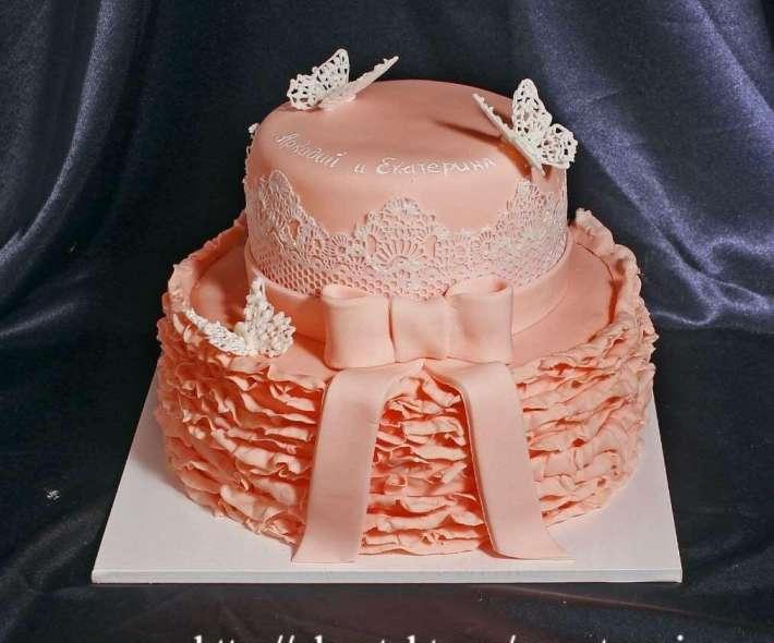 """Торт """"Персиковые рюши"""""""